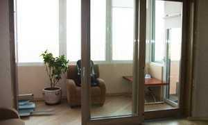 Раздвижные двери на балкон: стеклянные, пластиковые, фото