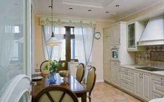 Шторы на кухню с балконной дверью: рекомендации по выбору, фото