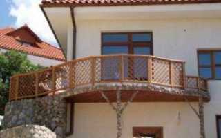 Деревянные ограждения балконов и террас