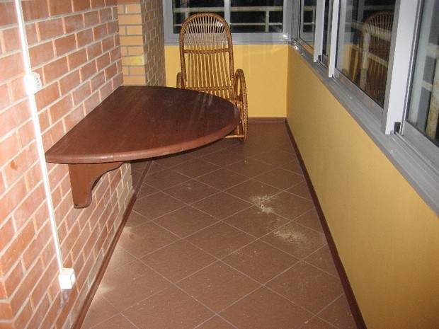 пол на балконе из чего сделать