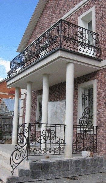 перила кованые балконные