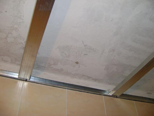 подвесной потолок на лоджии