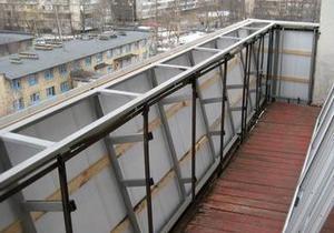 остекление балконов с выносом