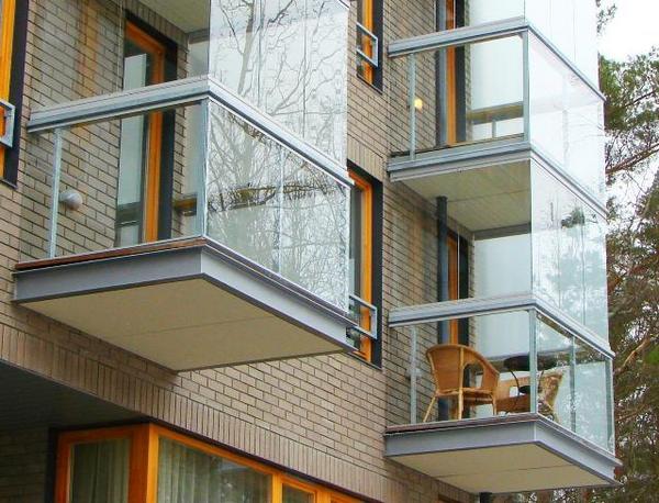 панорамное остекление на балконе