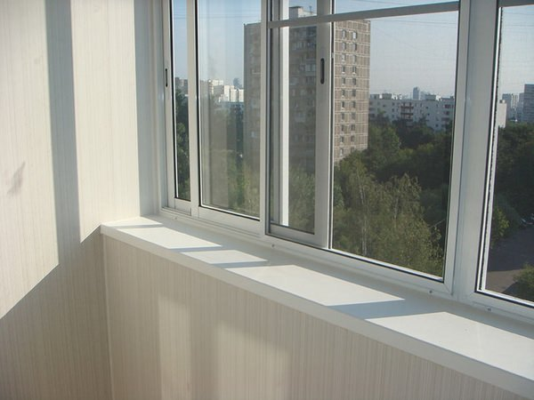 что лучше пластиковые или алюминиевые окна