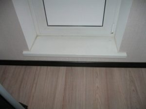 порог на балконе