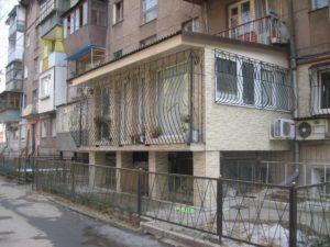 классический балкон