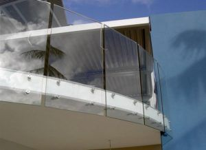 стекло балкон