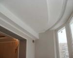 Потолок из гипсокартона на балконе-1