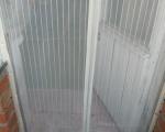 Москитная сетка на балконную дверь на магнитах