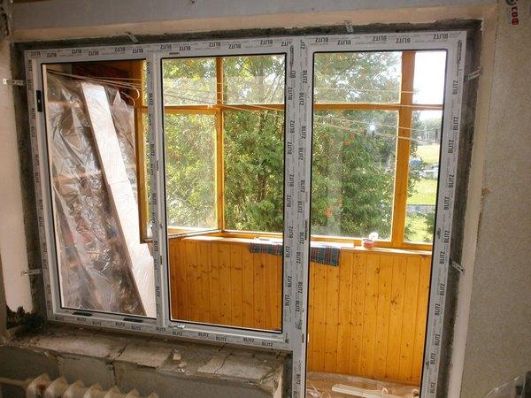 как установить балконную дверь с окном